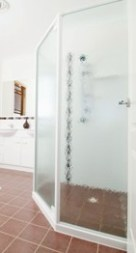 900/2 Pearl Whiter completed shower